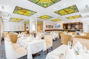 Большой зал ресторана Гранд Кафе вид2